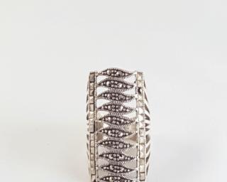 anillo de marquesita celta