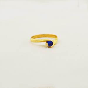 anillo con zafiro azul